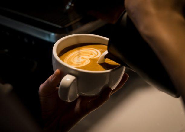 Cafenea Victoriei sector 1 - Cafea, lapte, espresso, arta